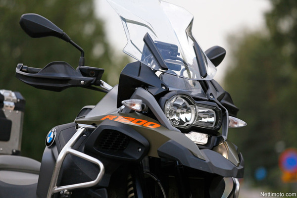 BMW_GS_Adventure_etupaa_kuva