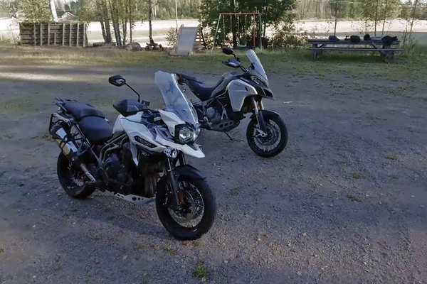 Adventure-vertailu – Ducati Multistrada & Triumph Tiger Explorer