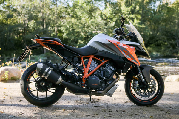 KTM 1290 Super Duke GT – Supersport-tourer