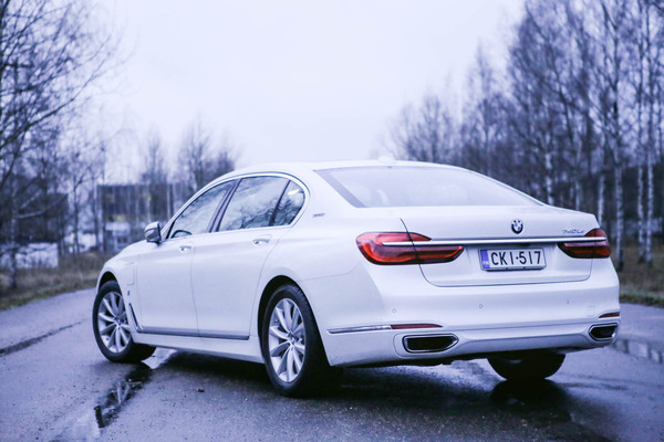 BMW 740 Le – Kun koolla on väliä