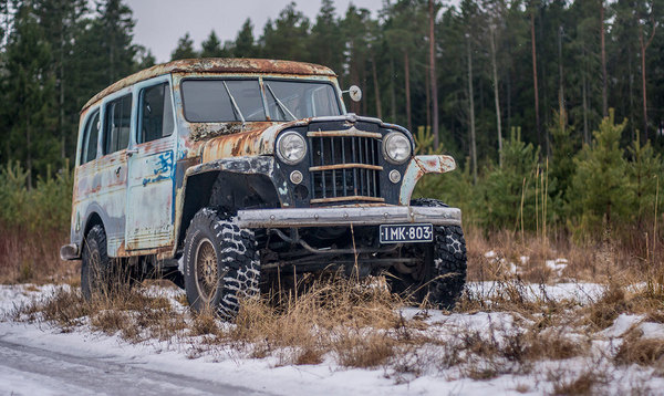 Nettiauto Latolöydöt – Willys Jeep Station Wagon